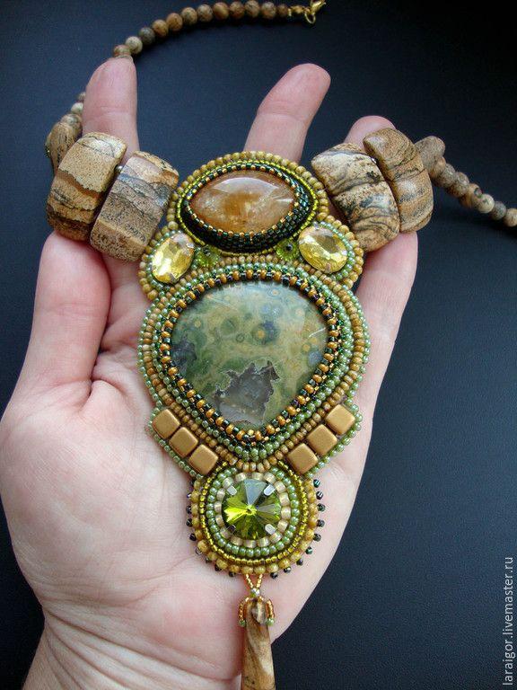 """Купить Колье """"Оазис"""" (вышивка бисером) - разноцветный, колье с камнями, колье вышитое бисером"""