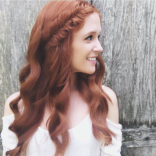 It's hard to have a bad Monday when your curls are on points even with insane humidity! #hairstyles #hairoftheday #fishtailbraid #instabraid