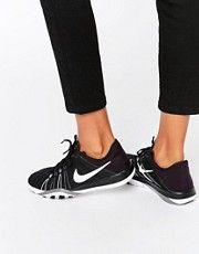 Черно-белые кроссовки Nike Tr6