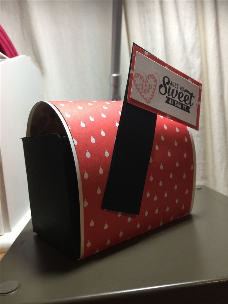Valentines Mail Box. Super easy to make.  Watch MayMayMadeit on YouTube.  I used all stampinup product  Kerry Neill.stampinup.net