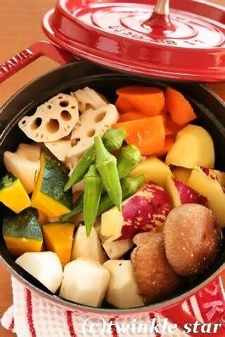 ストウブで蒸し野菜