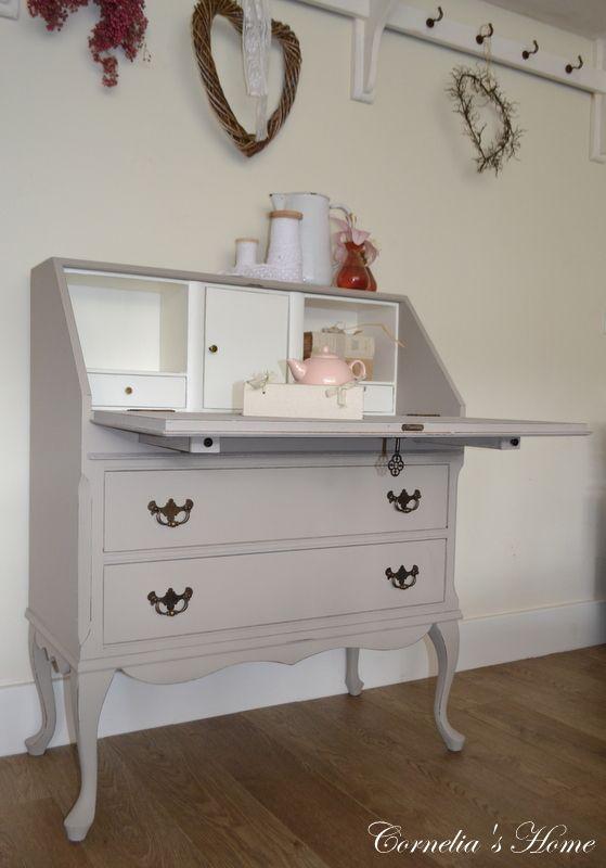 queen anne secretaire in taupe cornelia 39 s home landelijke kindermeubelen shabby. Black Bedroom Furniture Sets. Home Design Ideas