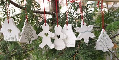 By Hook and Thread: Christmas Ornaments-Das style