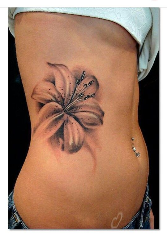 beautiful lily tattoo tattoo lilie pinterest lilien. Black Bedroom Furniture Sets. Home Design Ideas
