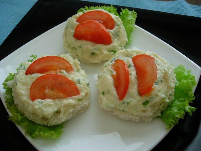 Reteta culinara Pasta de conopida din categoria Aperitive / Garnituri. Cum sa faci Pasta de conopida