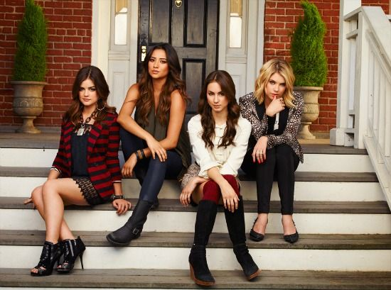 Aeropostale to Release a Pretty Little Liars Clothing Line