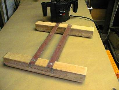 Router sled for planing.
