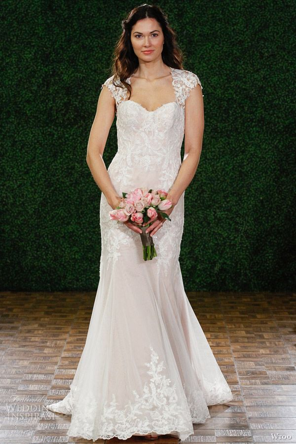 52 best Lovely Lace images on Pinterest | Short wedding gowns ...