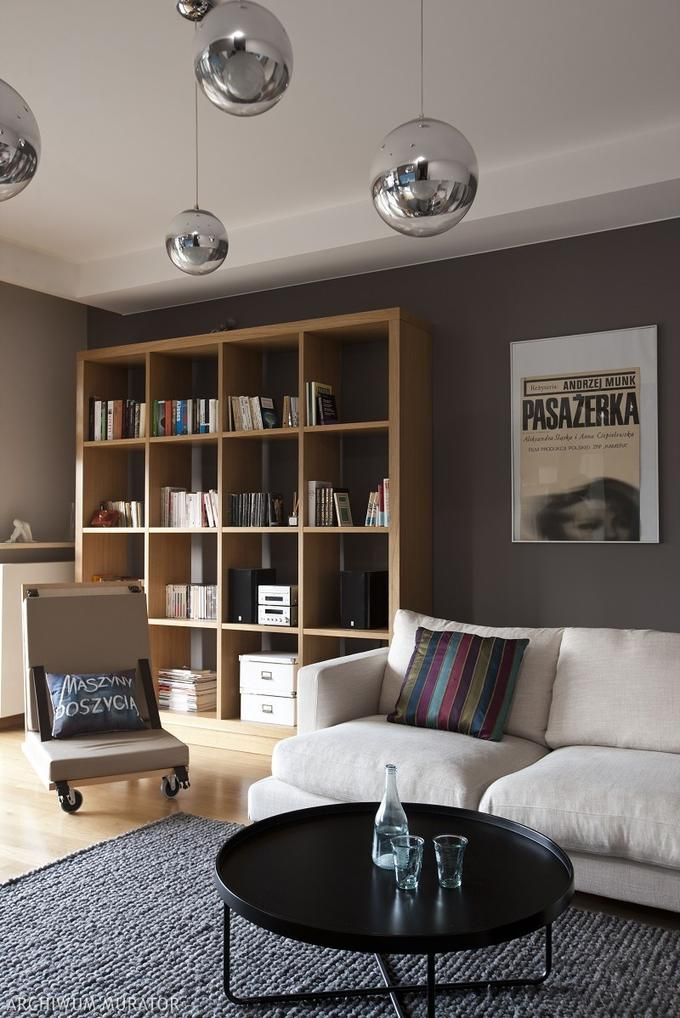 Jak dobrać mocne kolory ścian w salonie? - Porady stylistów - urzadzamy.pl