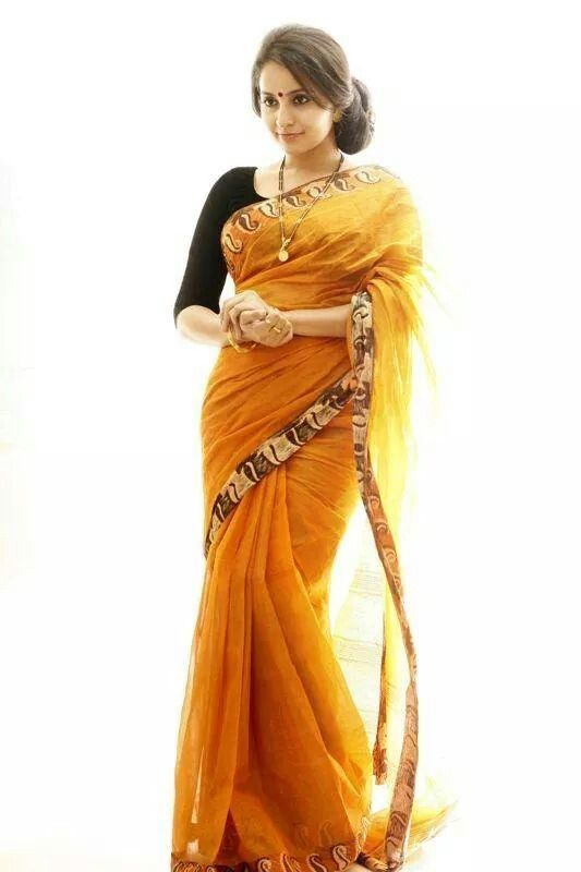 Bhamaa in simple cotton saree