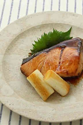 Yellowtail Cooked in Ponzu Sauce ぶりのぽん酢焼き