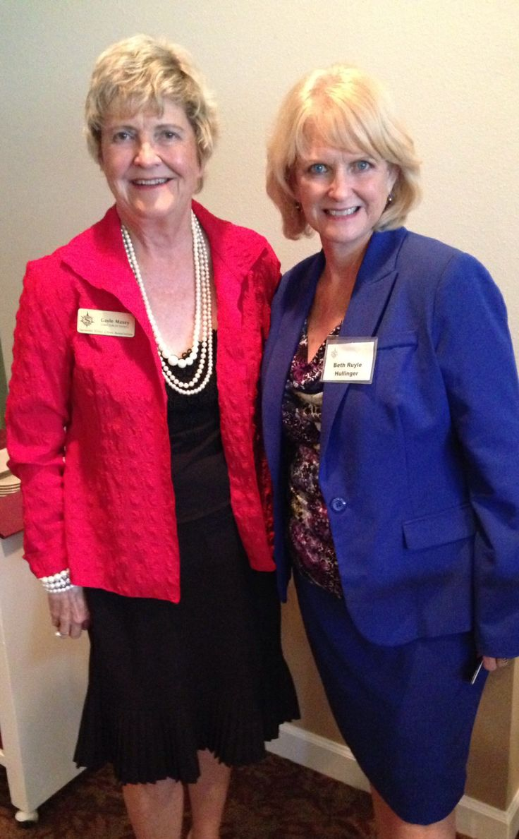 Gayle Maxey & SCAS President Beth Ruyle Hullinger at SaraBay Country Club for the Sarasota Sister Cities Perpignan luncheon on November 4, 2013
