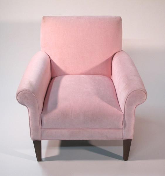 Merveilleux Light Pink Velvet Chair