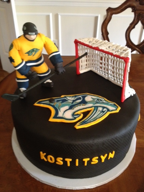 40 best Hockey Cakes images on Pinterest Hockey cakes Hockey