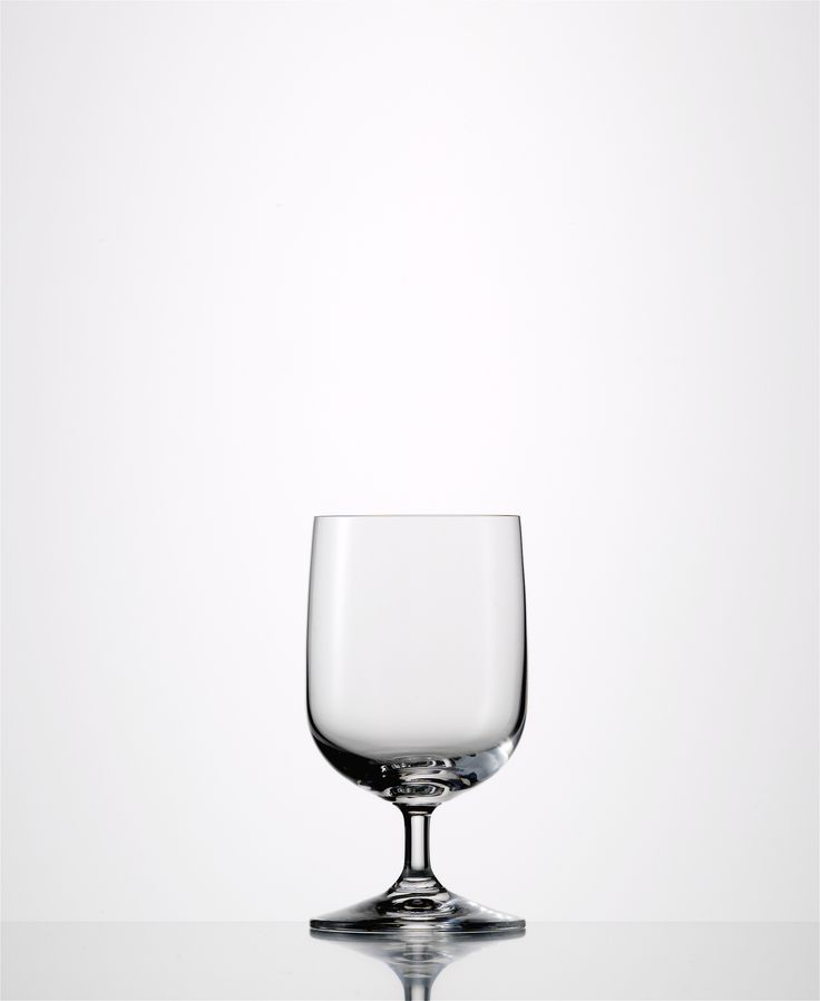 "Eisch Vino Nobile Mineral Water  Lead-free crystal Made in Germany Capacity: 8.1 oz Height: 5.2 "" Dishwasher Safe 6 Pack"