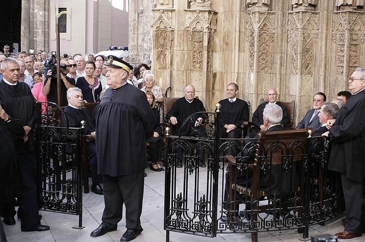 La más antigua de las instituciones de justicia existentes en Europa está en Valencia. Data de la época de Al-Ándalus: Tribunal de las Aguas