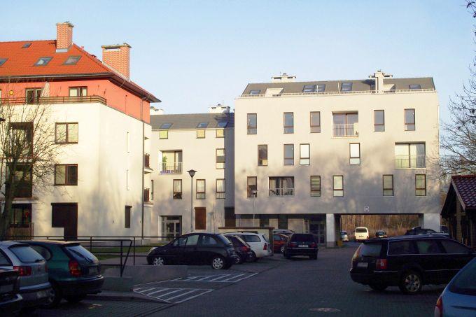 budynek mieszkalny Osiedle Kapitanów (Krzysztof Podbielski - członek zespołu projektowego W+architekci)