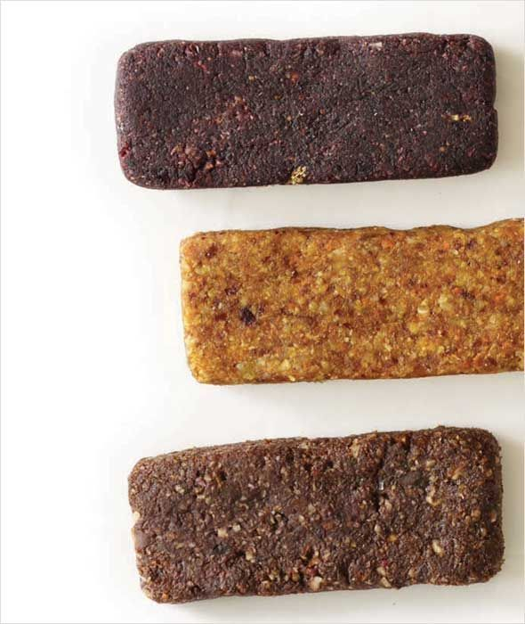 Homemade Larabars Recipe (Yes you can make homemade Larabars. Here's how to make them—including all the flavor variations.)