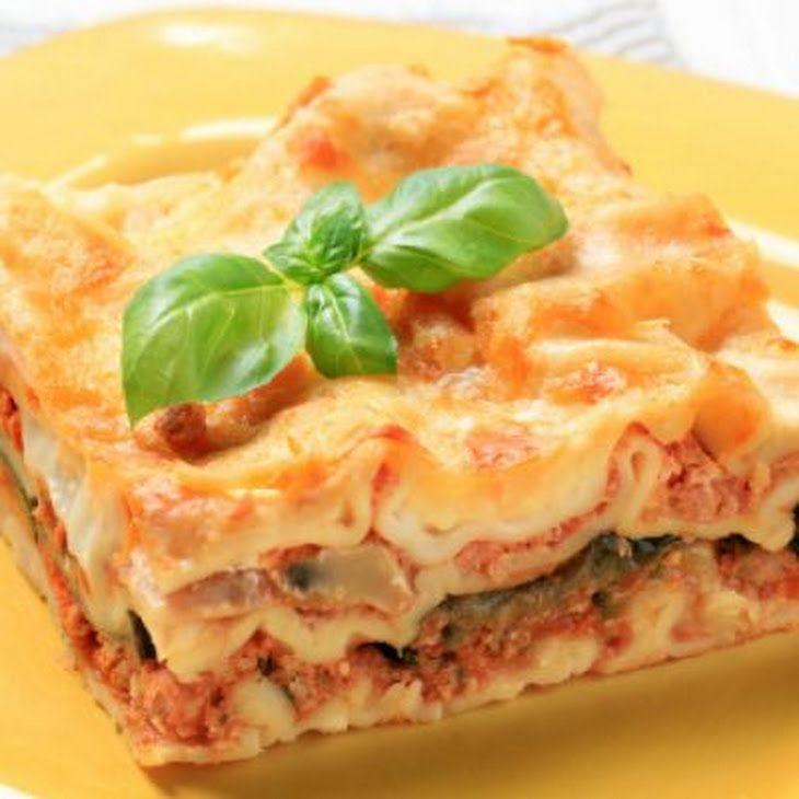 17 best images about italian favorites on pinterest giada de laurentiis alfredo sauce and lasagne for Chicken parmesan lasagna olive garden