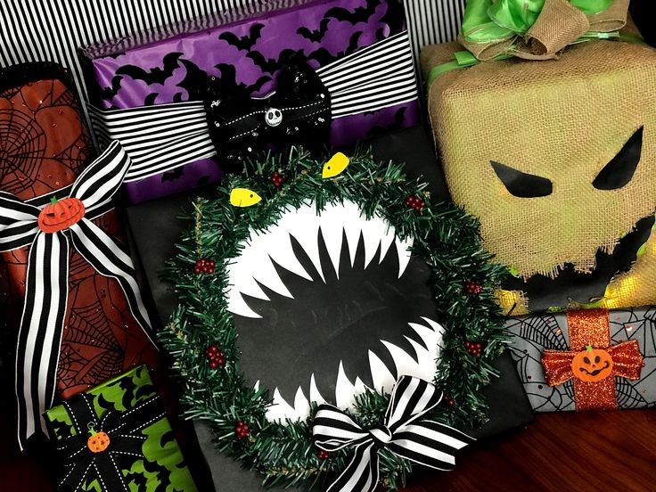 Pin by Erin Hills on Wrapping | Nightmare before christmas ...