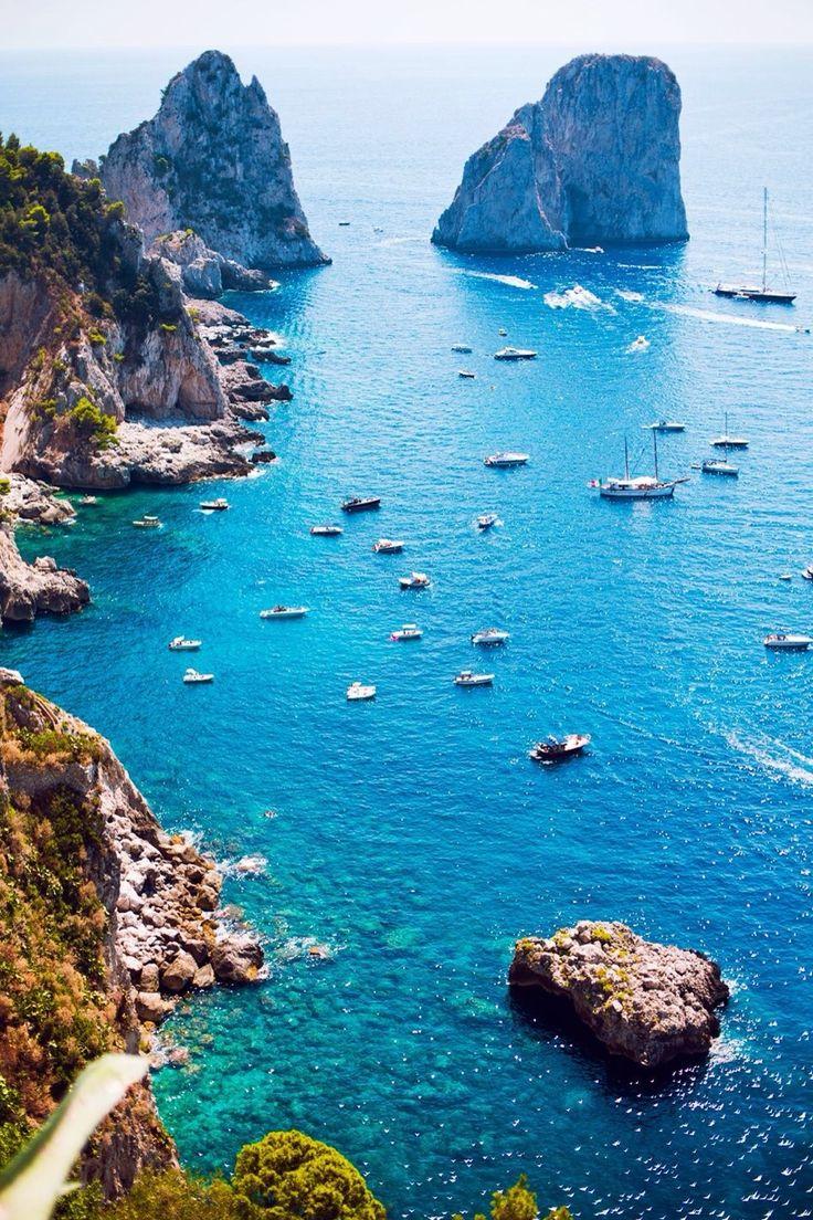 21 On The Court #1 In Your Heart • luxuriousmanhattan:   The Amalfi Coast  Salerno,...