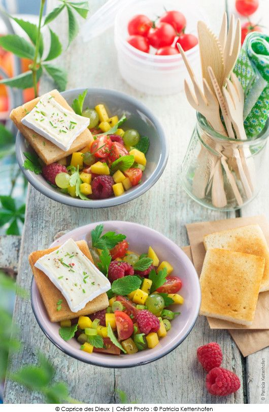 salade-tomates-cerise-mangue-framboise-herbes-et-toast-caprice-des-dieux