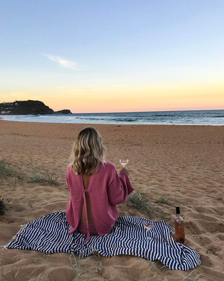 "535 Likes, 15 Comments - KRISTY CROSS (@agirlobsessed) on Instagram: ""Rosé, Sunset & the man behind the 🎥💞 Wearing @atmosandhere @theiconicau"""