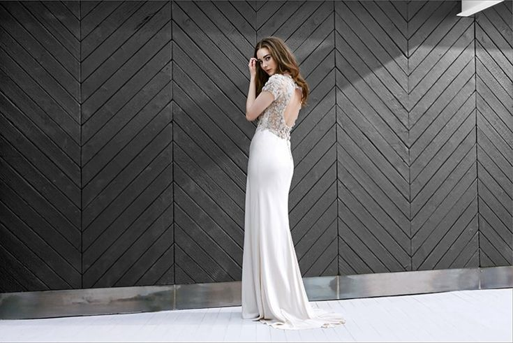 Beautiful Catherine Deane Wedding Gown - Alice May Bridal Boutique - www.alicemay.ie  #weddingdress #bridal #catherinedeane