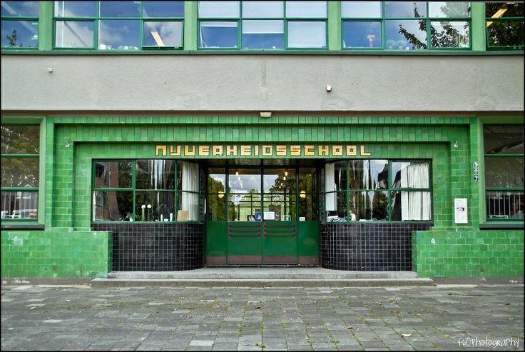 Wiebengacomplex (Nijverheidsschool) Groningen, van architect Jan Gerko Wiebenga (1886-1974).