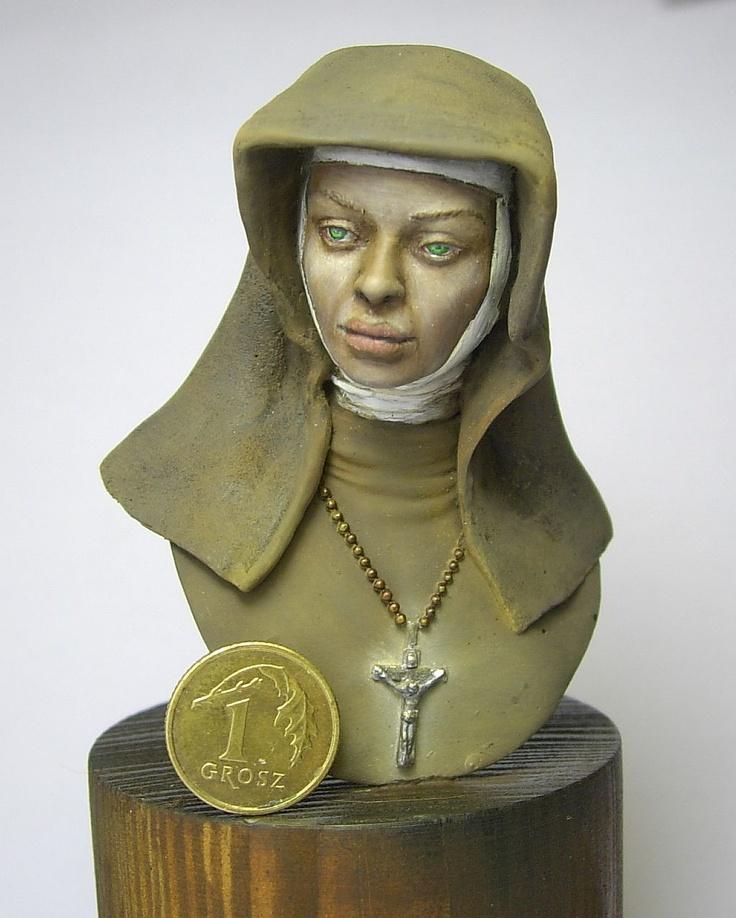 Popiersie zakonnicy - cieniowane pastelami. SBS na www.figus.pl