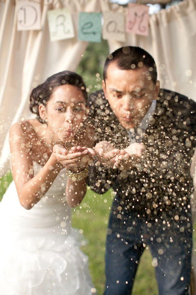 asheville-wedding-glitter-toss