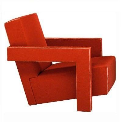 Chapter 23: Gerrit Thomas Rietveld Utrecht | 637 [armchair] design classic by Cassina - and comfortable! De Stijl