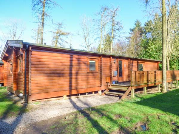 Jay Lodge, Kenwick Woods, Lincolnshire, England, Sleeps 6, Bedrooms 3, Self-Catering Holiday Cottage With Woodburner. Pet Friendly.