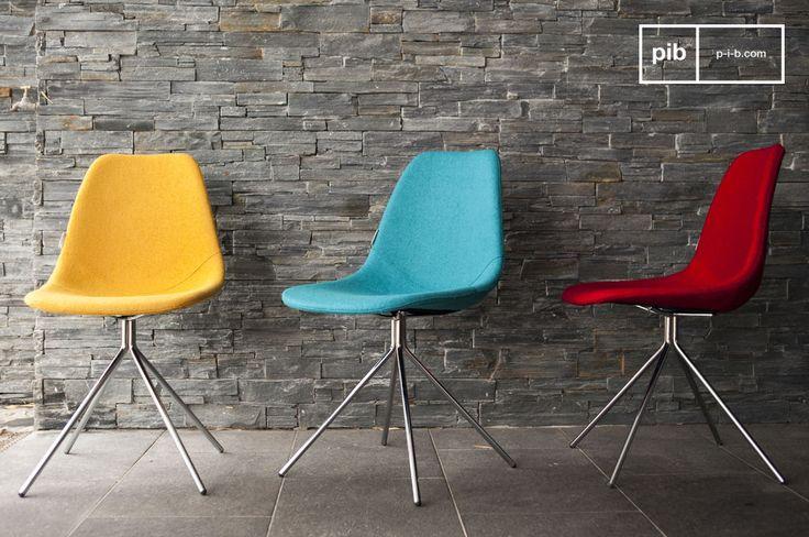 La sedia Piramis è perfetta per portare intimità nella vostra sala da pranzo, nel vostro studio o camera da letto e per aggiungere un tocco di colore ai vostri interni.