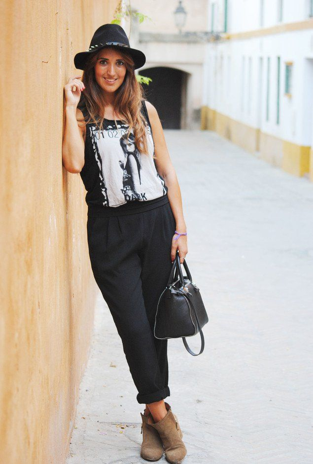 Black And White Pants Outfits For Women