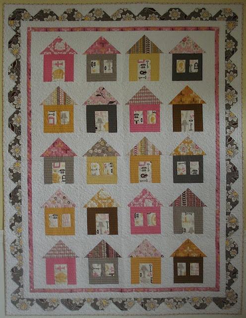 house quilt: Cozy Cottages, Cottage Lane, Quilts Patterns, Bees, Cottages Lane, Quilts House, Quilt Patterns, Bonnets, House Quilts