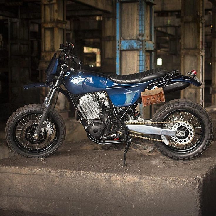 Love this 91 Yamaha XT600 by @adhoccaferacers featured on