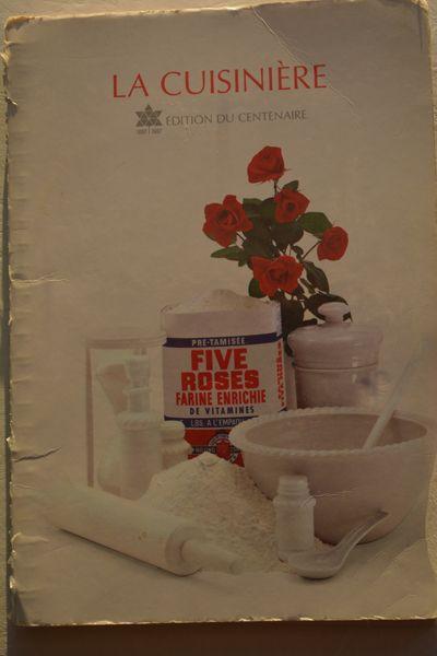 21e édition du livre de recette La cuisinière Five Roses - 1967.