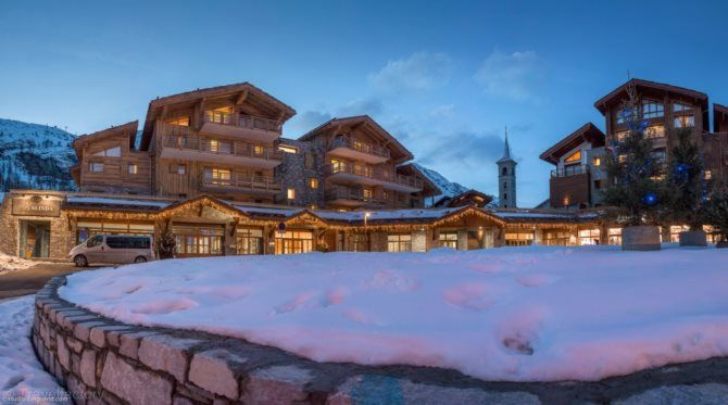 Location Ski Tignes Sunweb, séjour ski Résidence Kalinda Village 4* Tignes prix location Sunweb à partir 414.00 € TTC au lieu de 649 €