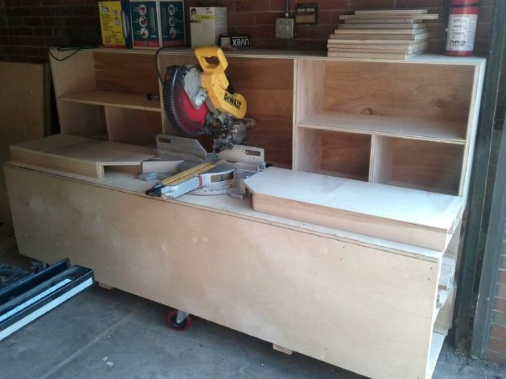 Miter Saw Station tutorial improving the existing design, and make better use of space by adding some storage.