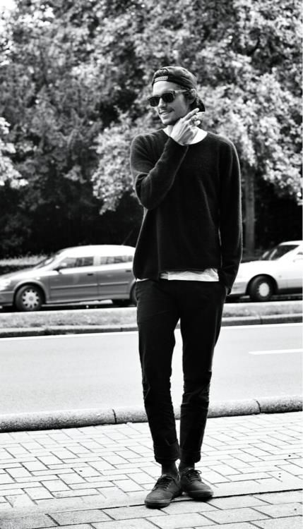 just look at that... he's so perfect! <3  Dylan Rieder