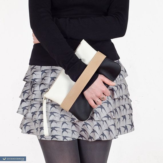 Hey, I found this really awesome Etsy listing at https://www.etsy.com/listing/226586764/clutch-bag-carryme-black-and-white