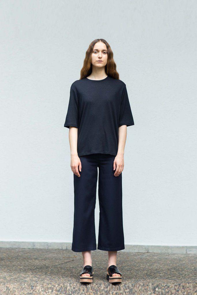 VON HUND Fashion & Design - Womenswear Lookbook S/S16, Ove Box-Cut Tee in Black Cashmere Jersey & Midnight Blue Woolen Halli Pants. Radical Price Transparency.  www.vonhund.com