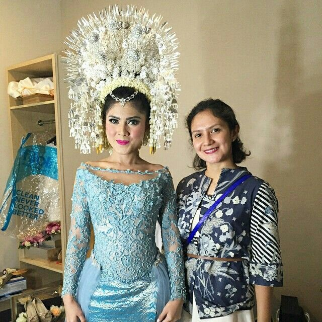 Minang blue bride