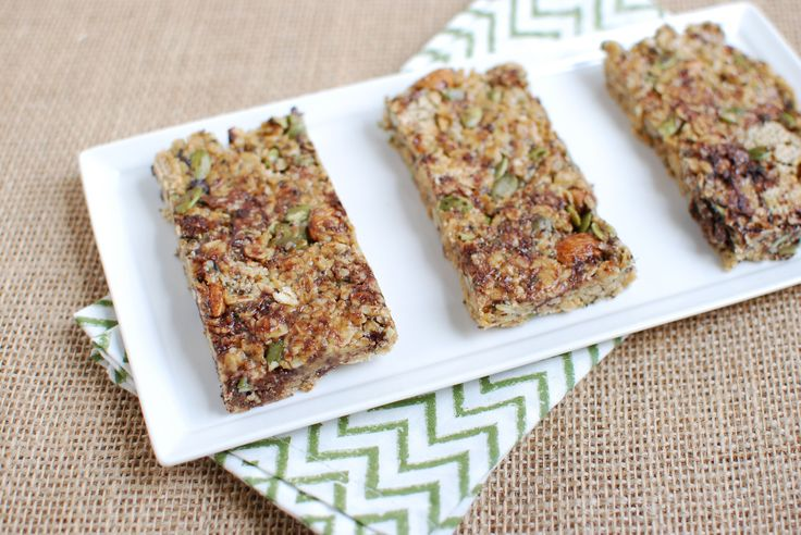 No bake, no fuss granola bars by The Lean Green Bean can be whipped up in the time it takes you to measure out the ingredients! The hard part is waiting for these goodies to freeze up so you can ea...