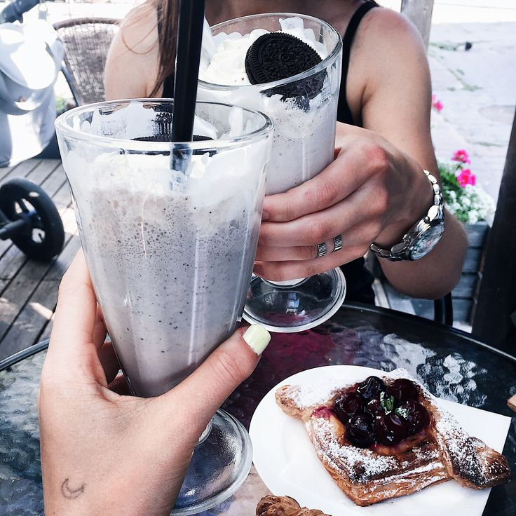 #milkshake #like #friends #nails #morning #breakfast