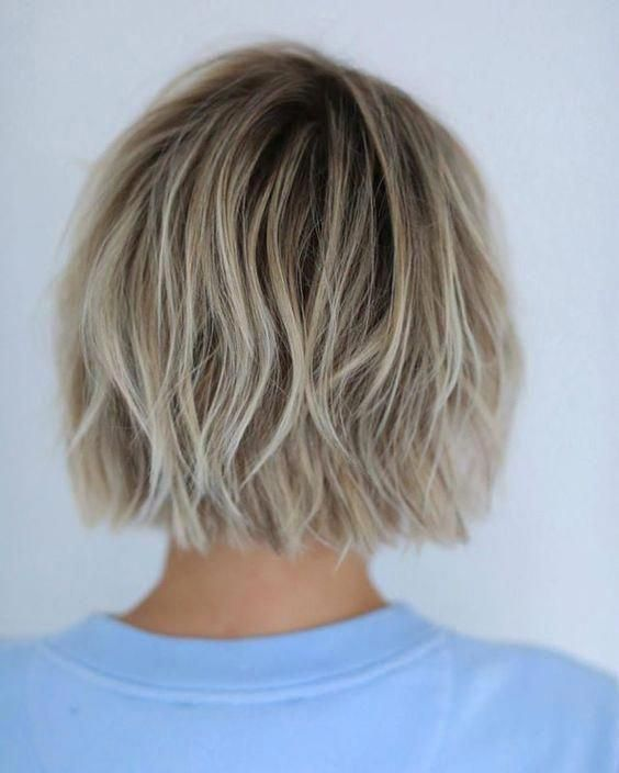 Beautiful Blunt Bob Hair Ideas to Inspire Your Next Cut - Page 27 of 34 - HAIRSTYLE ZONE X #mediumbobhaircut #haircuts