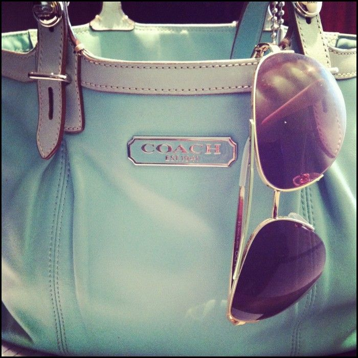 Love this coach bag! Love the color.