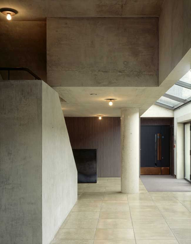 nowoczesna-STODOLA-The-North-Wall-Haworth-Tompkins-Architects-14