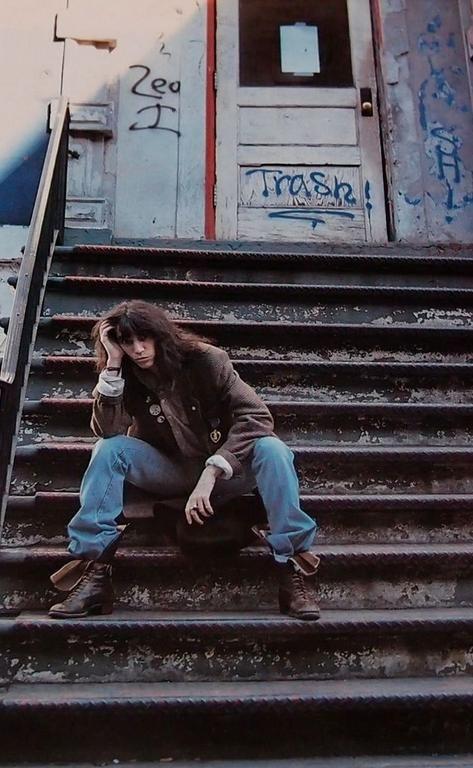 Patti Smith, NY, 1999. Veja também: http://semioticas1.blogspot.com.br/2013/07/punk-de-grife.html